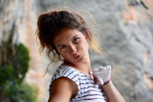 Laura Neveu la guapa